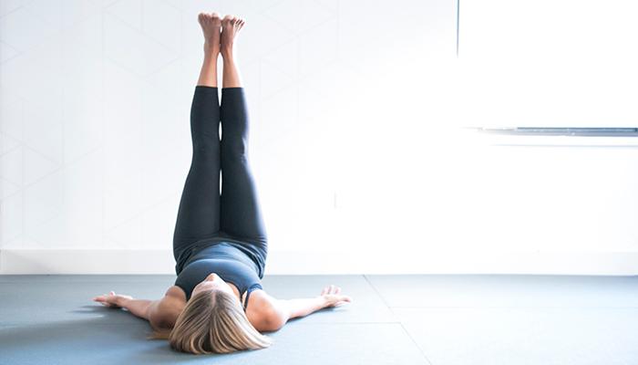 Как поддержать здоровье вен с помощью питания и движения