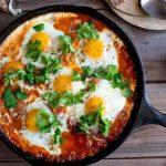 Шакшука: идеальный завтрак для осени и зимы