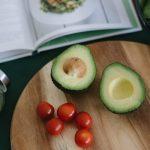 Вот так фрукт! Авокадо — с чем и зачем его едят?